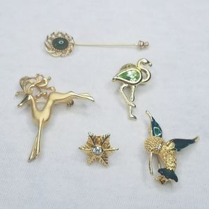 Vtg lot 5 small gold tone rhinestone scatter pins
